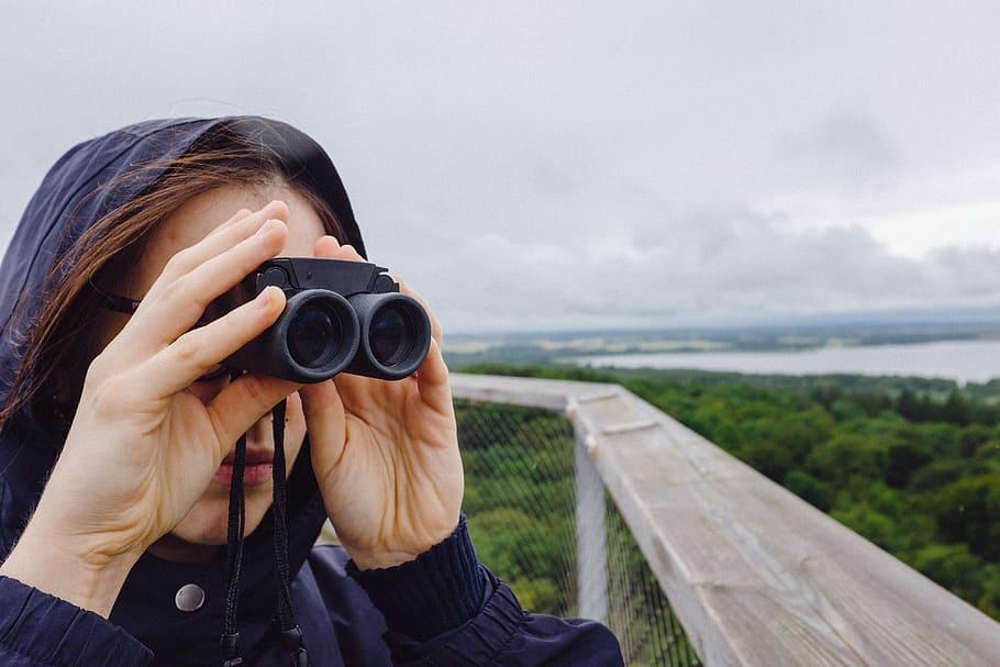 submit your birdwatching story on birdingplanet.com